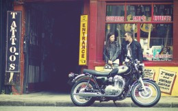 11MY_W800_Action_1