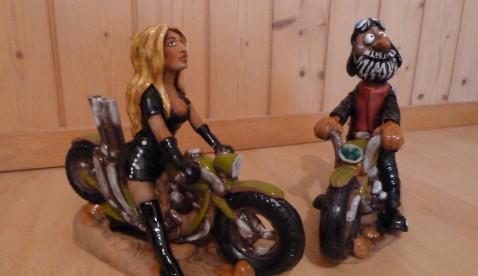 """Keramikfiguren Bikerlady """"Heidi"""" und Biker """"Peter"""""""
