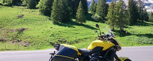 Böbu mit Kawasaki Versys Ort: Col du Pillon _Feldberg