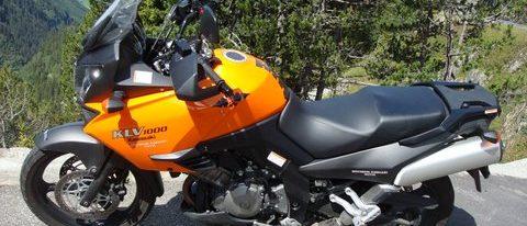 Rita und Stephan mit Kawasaki KLV 1000  Ort: Susten_Südtirol_Nationalpark_Klausen_Jura_Doubs_Payerne