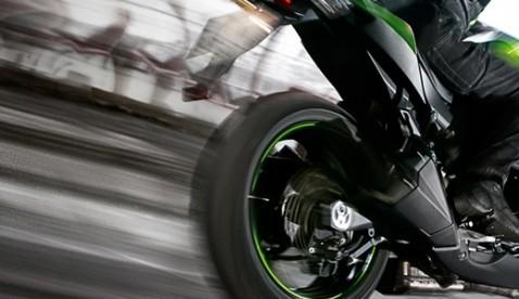 Adrenalin pur. Das Design der Z1000 ist von Anfang an eigenständig und hebt ihre kraftvolle Schönheit hervor.