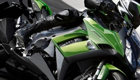 Sport-Touring der ganz besonderen Art: Die Z1000SX kombiniert das messerscharfe Styling der Z1000 mit einer gehörigen Portion Reisefieber.